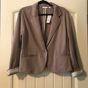 Sz L taupe Ny&co blazer, NWT, perfect for spring!